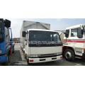 Фургон-бабочка Nissan Diesel